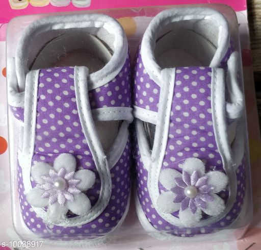Casual Shoes KIDS SHOES  *Material* Textile  *Sole Material* Rubber  *Multipack* 1  *Sizes*  6 Months  *Sizes Available* 6 Months *    Catalog Name: Pretty Latest Kids Girls Casual Shoes CatalogID_1794951 C60-SC1164 Code: 443-10038917-