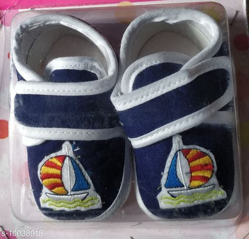 Casual Shoes KIDS SHOES  *Material* Textile  *Sole Material* Rubber  *Multipack* 1  *Sizes*  6 Months  *Sizes Available* 6 Months *    Catalog Name: Pretty Latest Kids Girls Casual Shoes CatalogID_1794951 C60-SC1164 Code: 443-10038918-