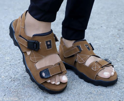 Relaxed Fashionable Men Sandals