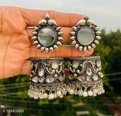 Stylish Silver Earrings for girls and womens for all occasion and gift purpose (N)