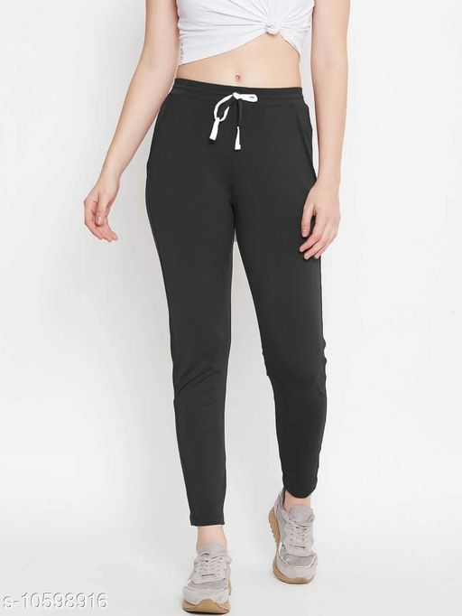 Sportswear Bottoms Trak pant  *Fabric* Cotton  *Pattern* Printed  *Sizes*  42  *Sizes Available* 42 *    Catalog Name: Unique Women Sports & Activewear Bottoms CatalogID_1940890 C78-SC1059 Code: 064-10598916-