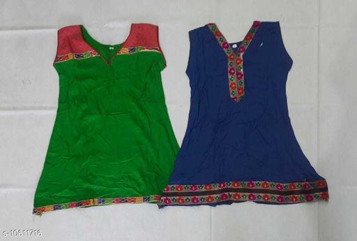 Tops & Tunics RAYON KURTHA  *Fabric* Cotton  *Multipack* Single  *Sizes*  3-4 Years  *Sizes Available* 3-4 Years *    Catalog Name: Cute Trendy Girls Tops & Tunics CatalogID_1943815 C62-SC1142 Code: 062-10611716-