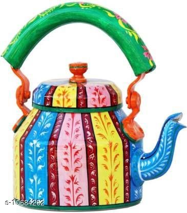 Kettles Trendy Kettles  *Material* Alluminium  *Capacity* 1 L  *Multipack* Pack of 1  *Size* Length  *Dispatch * 2-3 days  *Sizes Available* Free Size *    Catalog Name: Fancy New Kettles CatalogID_1961766 C104-SC1486 Code: 209-10684262-
