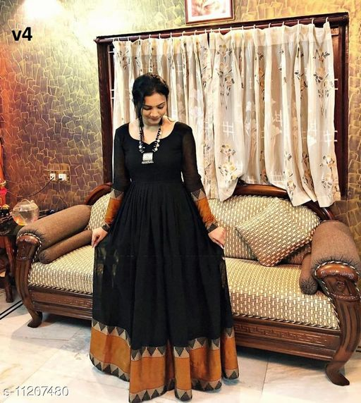 Impressive Black colored wowen Georgette Floor Touch Gown