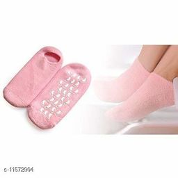 Spa Gel Socks and Gloves Set for Skin Moisturizing & Repair Treatment of Dry, Cracked Heels
