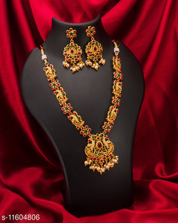 Shimmering Chunky American Diamond & Pearl Gold Plated Women's Temple Jewellery Set