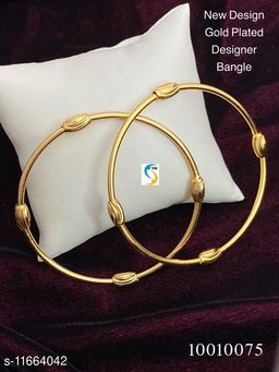 NEW GOLD PLATED DAILY WEAR BANGLE