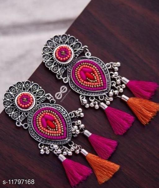 Trandy Woman Earrings