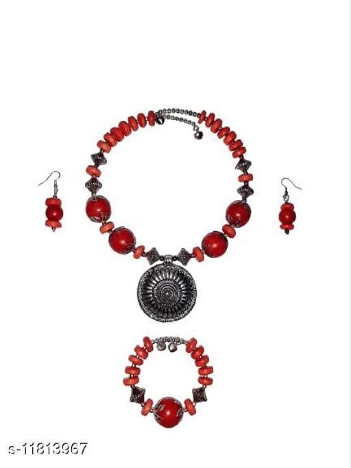 Indirang Women's Necklace Set