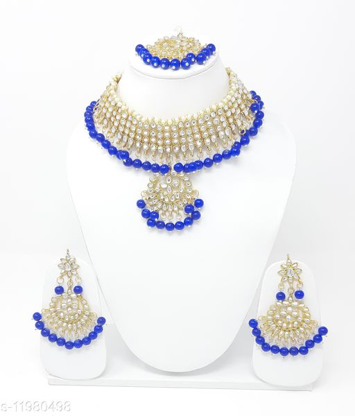 Necklaces & Chains