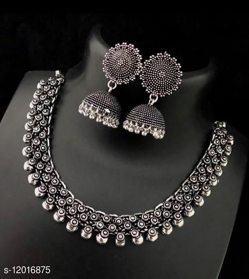 Elite Chunky Women Necklaces & Chains