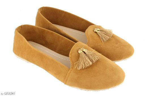 Flats Trendy Women's Flats & Sandal Material: Suede UK/IND Size: 5, 6, 7, 8, 9 Euro Size: 38, 39, 40,41, 42 Description: It Has 1 Pair Of Women's Footwear Sizes Available: IND-8, IND-9, IND-5, IND-6, IND-7   Catalog Rating: ★3.8 (879)  Catalog Name: Ladies High-Fashioned Flats & Sandals CatalogID_151829 C75-SC1071 Code: 662-1208741-