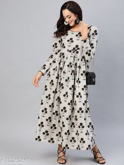 Black And White Printed Box Pleated Maxi