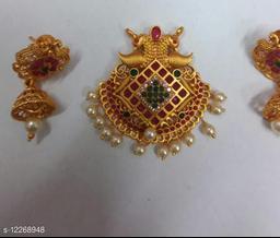 Sizzling Charming Pendants & Lockets