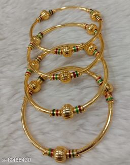 Classic Colletion of 4Pcs Set of Gold Plated Bangles for Women and Girls