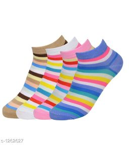 Women's Beautiful  Cotton Socks (Pack Of 4)