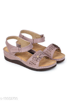 AASHEEZ CAUSAL SANDAL FOR WOMEN WITH EXTRA COMFORTABLE SOLE