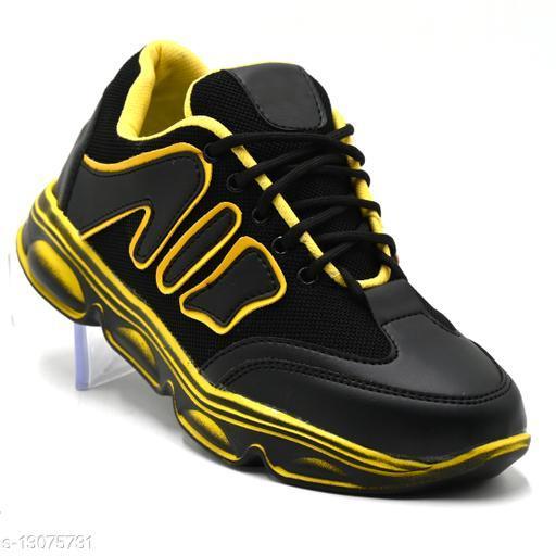Unique Attractive Men Sports Shoes