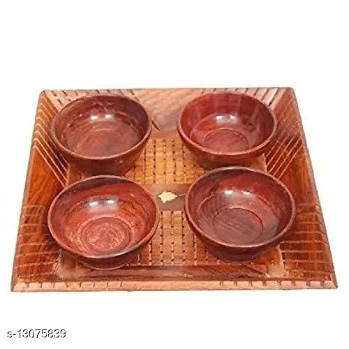 Wooden Serving Set (Set of 4 Bowl with 1 Tray)