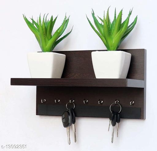 home delivered bautiful key holder and pot holder(black)