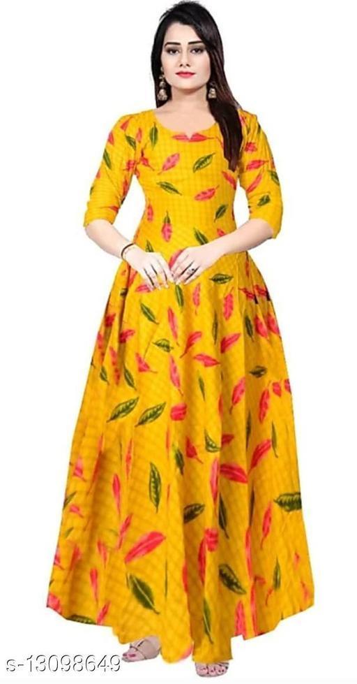 WOMAN STYLISH FASHION DRESSES