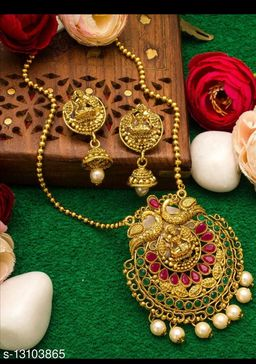 jewellery set for woman