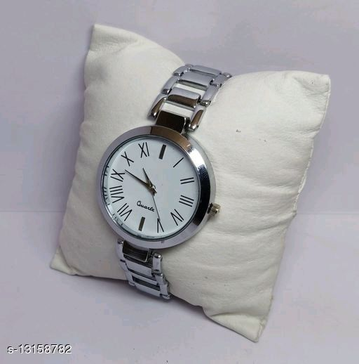 Newly Arrived High Quality Chain Type Metal Watches for Girls and Women