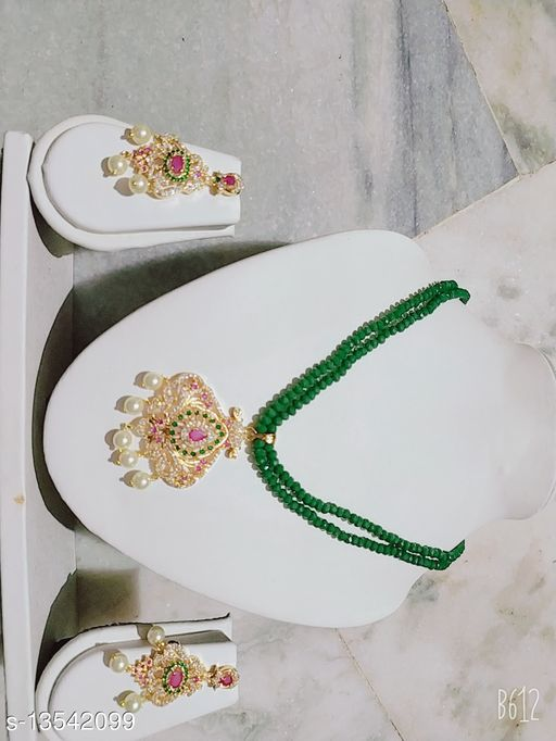 Beautifull Women Necklaces & Chains