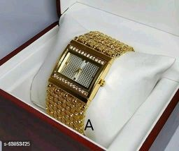 Miss Perfect Rectangle Gold Diamond Cash New Women Watch