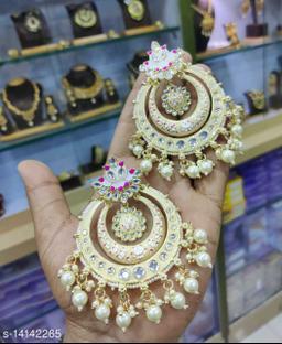 CARANS meena light weight chandbali earrings, Cream, 1 pair of earrings