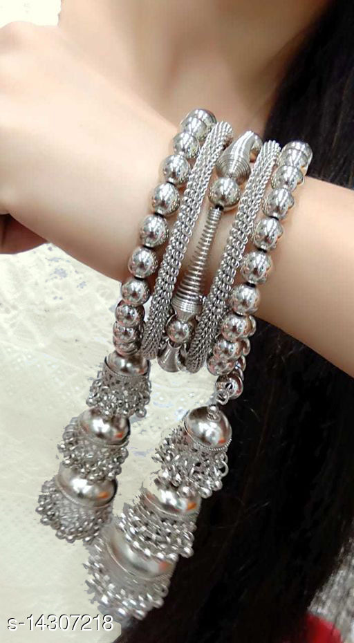 Stylish Beads Hand made Bracelet for Women and Girls