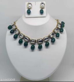 Women's Beautiful Necklace Set