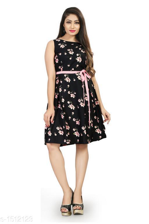 Printed Black Knee length Crepe Dress
