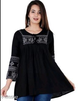 Woman embroidery rayon top
