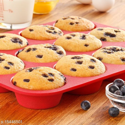 12 Cup Silicone Muffin & Cupcake Mould | Baking Tray, Red