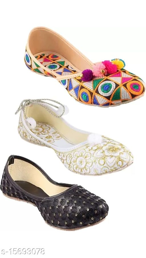 Stylish Women's Multicolor Juttis