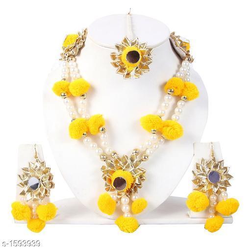 Stylish Gold Plated jewellery Set
