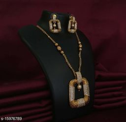 Latest Design Diamond Gold Plated Nendant Set