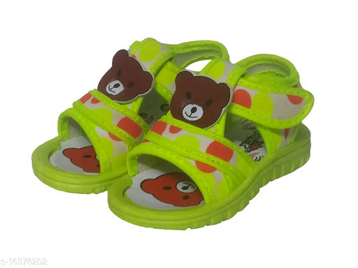 Trendy Boy's Synthetic Green Sandals