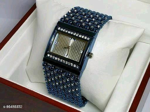 HRV Best Collection Rectangle BlueDiamond Cash New Women Watch