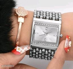 HRV Best Collection Rectangle Silver Multiline Diamond Diamond Cash New Women Watch