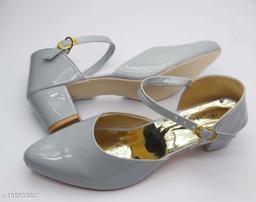 Trendy Women's White Heels