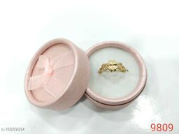 Classy Look Fingure Ring For Women DERD1158