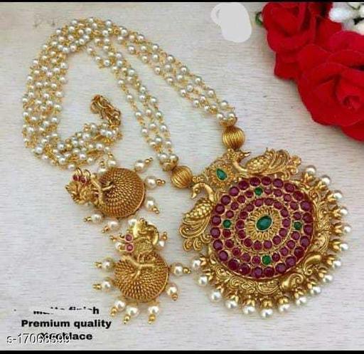 Twinkling Bejeweled Pendants & Lockets