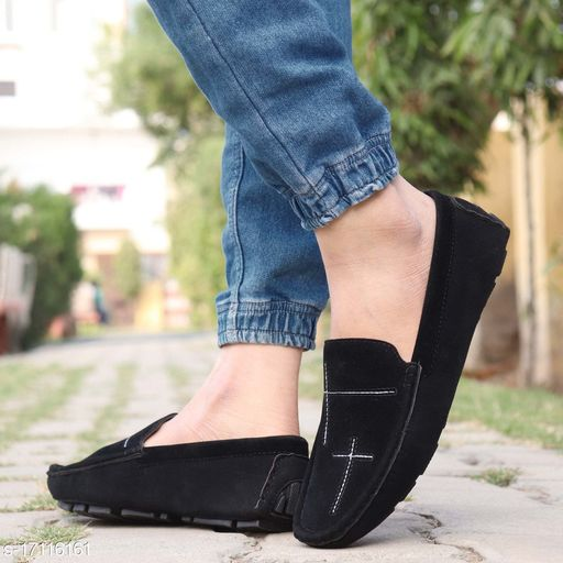 Stylish Men's Black Colour Driving Suede Loafers