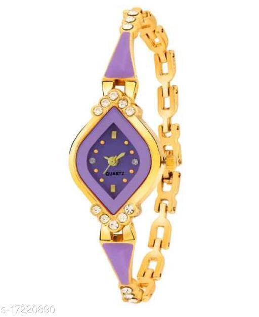 Women Gold Analog Best look Wrist Watch