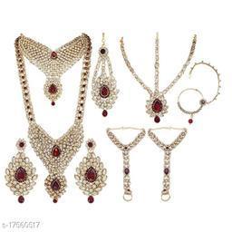 Sizzling Fancy Women Jewellery Sets