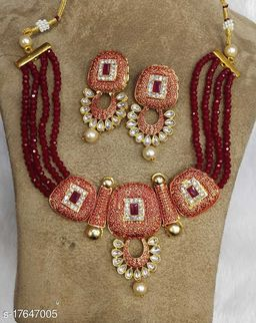 Plaisante Enamal Beads Neck Lace 6