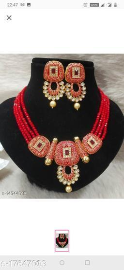 Plaisante Enamal Beads Neck Lace 1