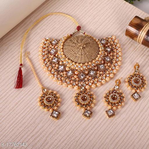 Golden & White Jewellery Necklace Choker Set for Women